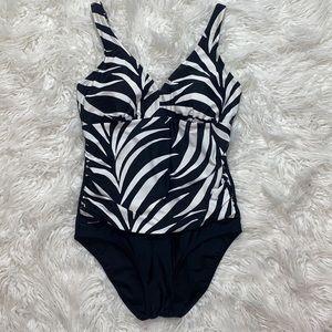 ‼️3/45.00 Stylish B&W One Piece Swimwear